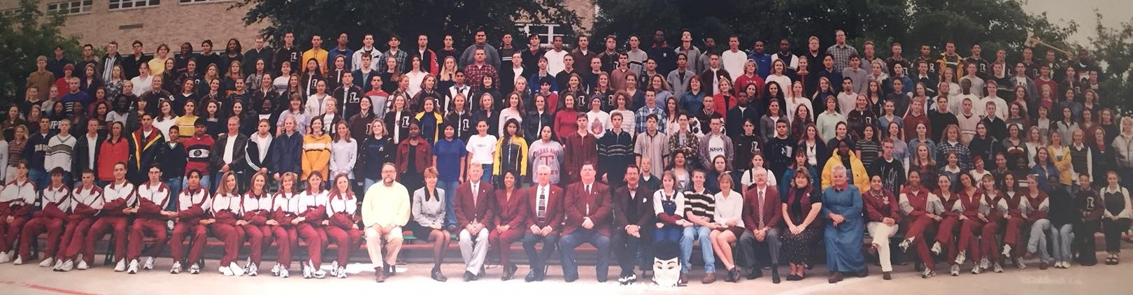 photo of the Lewisville High School class of 1999